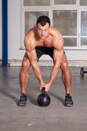 kettlebell øvelser og træningsprogram
